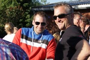 Norman  Und Nils bei uns im Garten 5.07.13 043