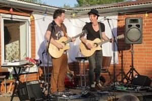 Norman  Und Nils bei uns im Garten 5.07.13 168