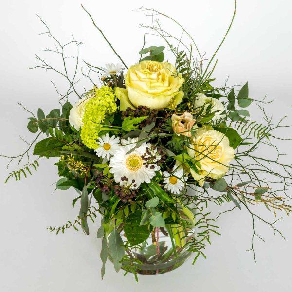Weisser Blumenstrauss von Flora Tina