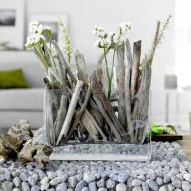 Drift-wood with fresh cut-flowers