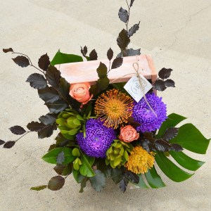 Floral Art Gladstone Florist timber box Flower Arrangement Florist Gladstone