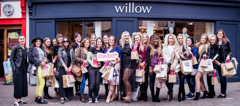 ITWBN BLOGGERS AT GALWAY FASHION TRAIL