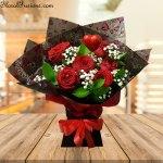 6-Naomi-Rose-Bouquet-Valentine