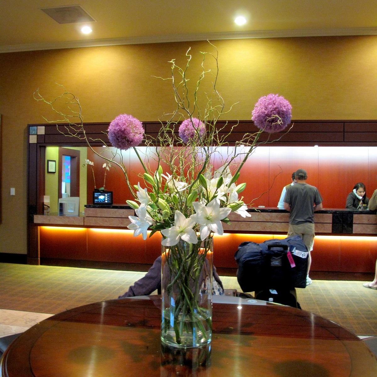 Hotel Foyer Flowers : Flower arrangements gallery floral sunshine