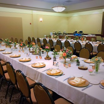 long tablescapes for a wedding