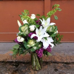 everyday-flowers-kale-roses-lilies-lilac