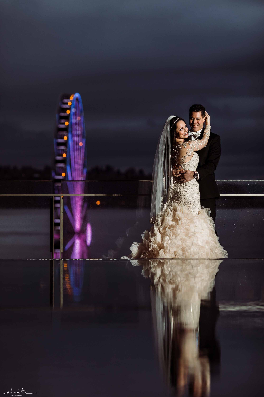 bride and groom night photo at winter wedding