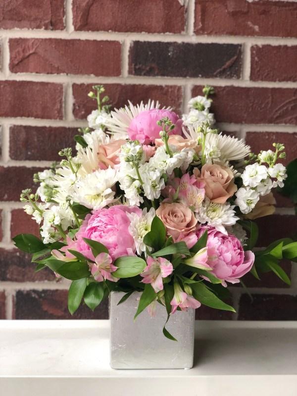 Deluxe Flower Arrangement Kansas City Florist Florativity