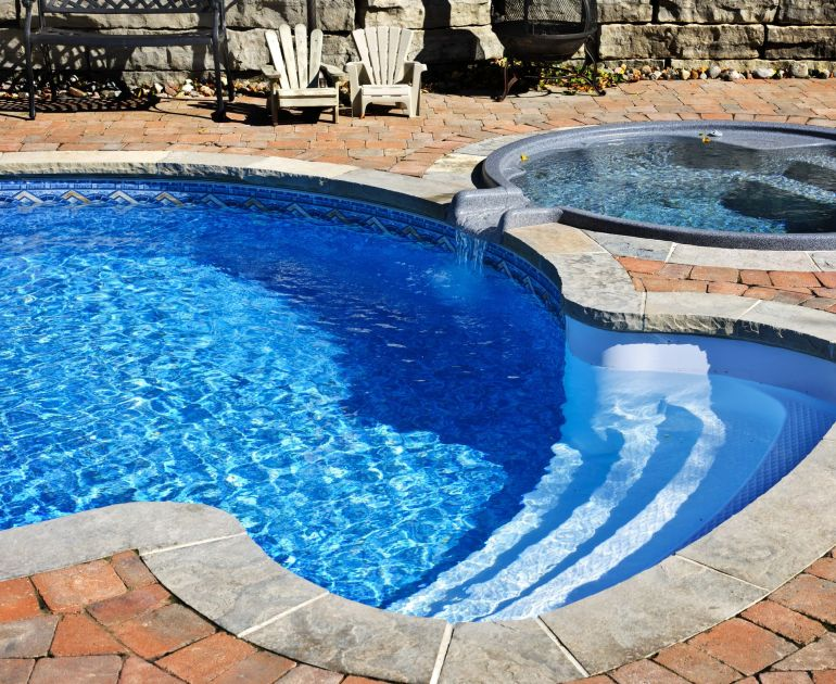 Big-Pool-Remodeling.jpg