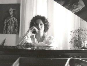 French Pianist Elizabeth Herbin