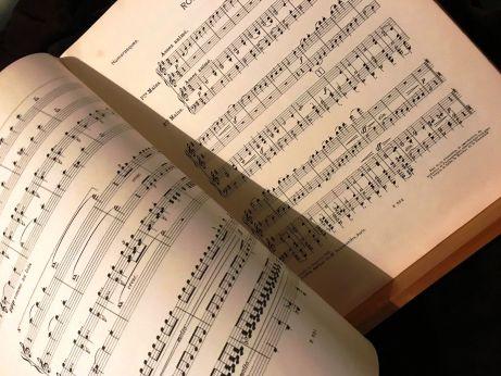 Florent Schmitt Humoresques score