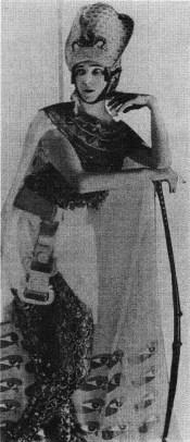 Ida Rubinstein as Cleopatra 1920
