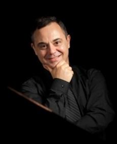 Ivo Kaltchev pianist