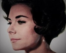 Evelyn Lear American soprano