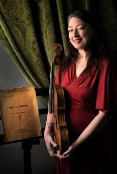 Elisabeth Smalt violist Photo: Maaike Eijkman