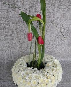 Centro de Mesa con Tulipanes y Argentinas - CM3