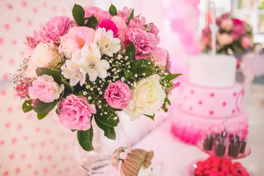 Resultado de imagem para decoração infantil com flores