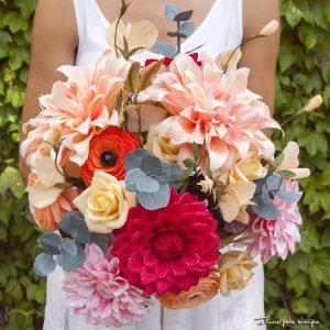 ramo de novia de papel con dalias