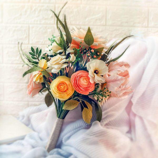 ramo de flores de papel, flores para siempre, flores de papel crepe
