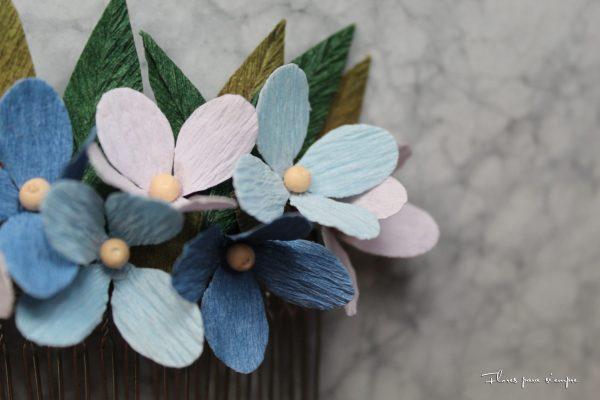 flores azules tocado