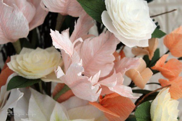 tulipán loro rosa de papel crepé
