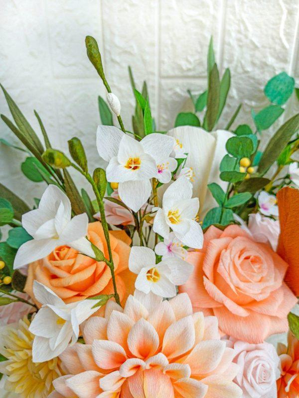 ramo de novia de flores de papel crepé