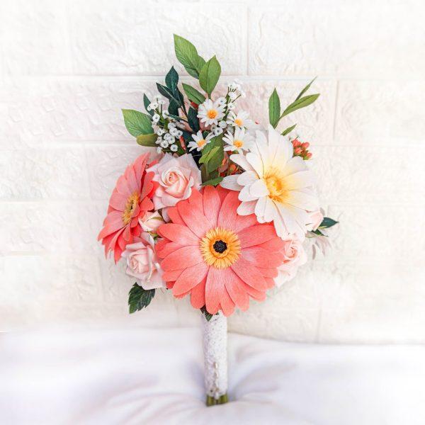 ramo de novia de papel, flores para siempre, flores de papel crepe