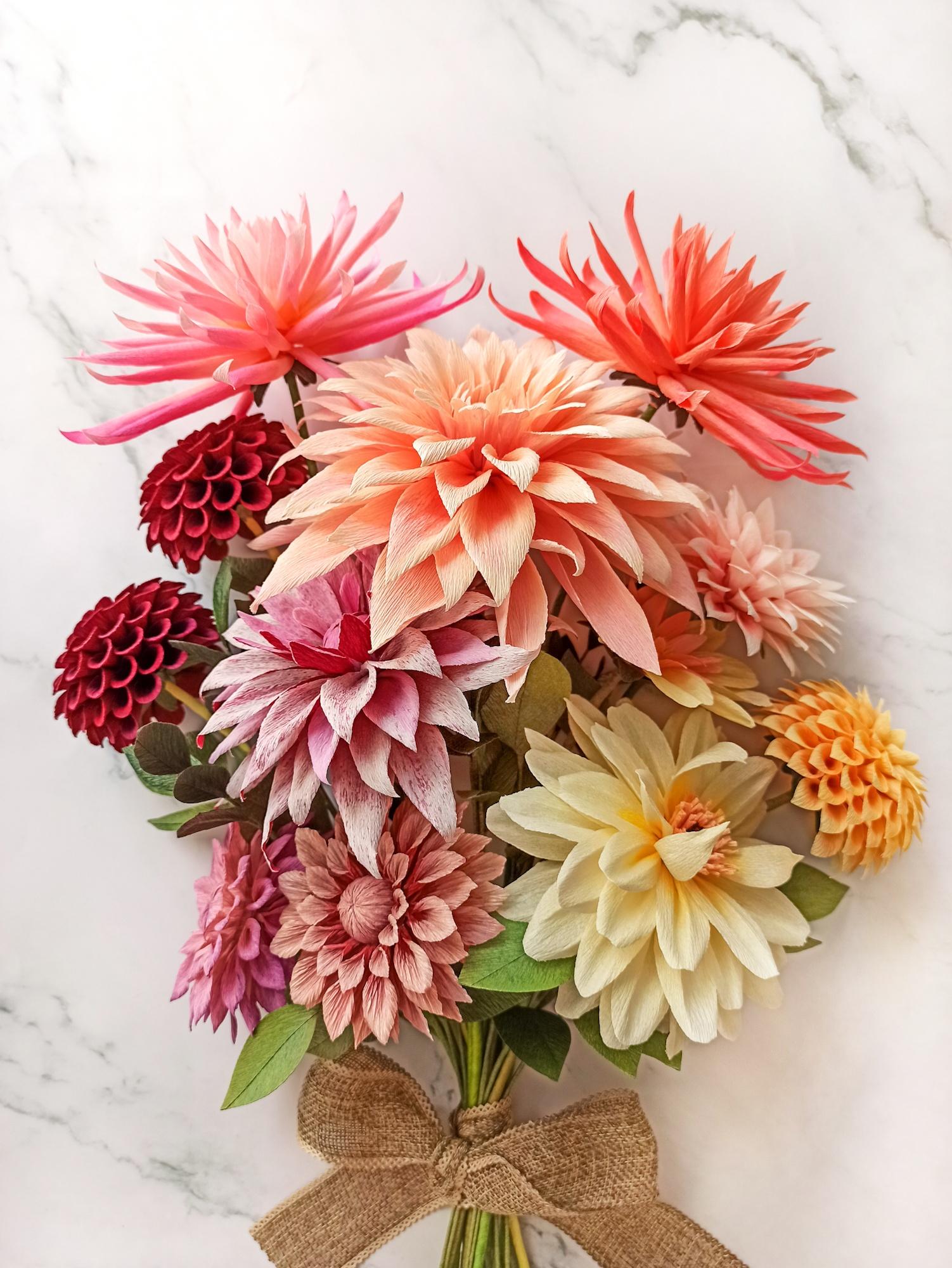 colourful paper bouquet, flores para siempre, flores de papel crepe