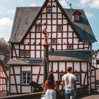 Monreal |Deutsche Eifel |Monreal in der deutschen Eifel |German Eifel Monreal |Travel Couple Germany |Romantisches Eifelstädtchen