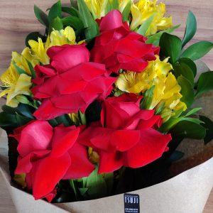 Ramalhete de 4 rosas importadas