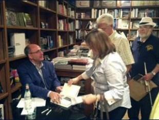 Luis Martínez-Fernández at Books & Books