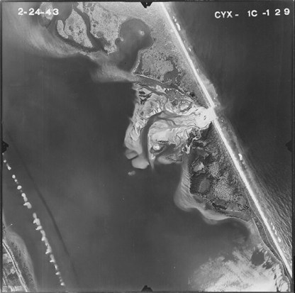 """Sebastian inlet, 1943. (University of Florida, """"Aerial Photographs of Indian River County—Flight 1C [1943],"""" Map and Imagery Library, Gainesville, Florida)."""