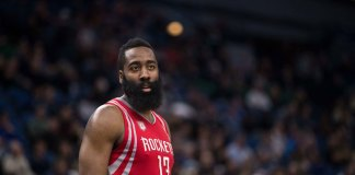 Harden Scores 51 to Lead Rockets to Past 76ers