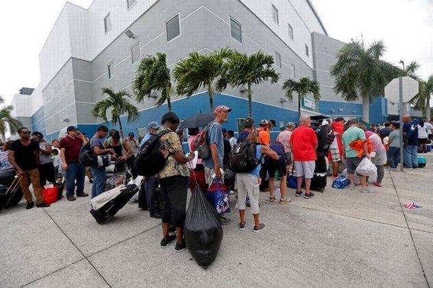 Hurricane Irma Rolls Through Florida