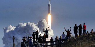 SpaceX's Big New Rocket First Test Flight Carrying a Sports Car