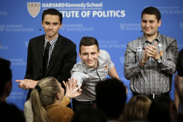 Parkland Teens Keep Gun-Control Grown-ups at Arm's Length