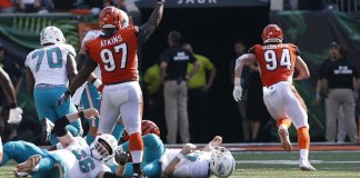 Bengals Score 27 Straight Points for 27-17 Win over Dolphins