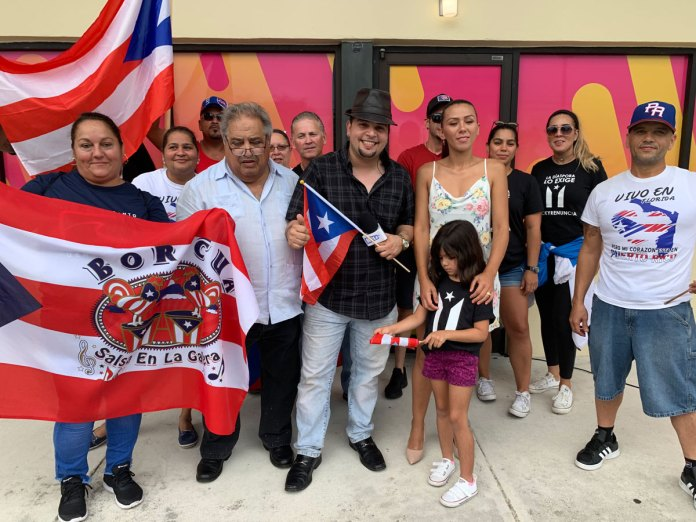 Puerto Rican residents in West Palm Beach demanded Rosselló resign