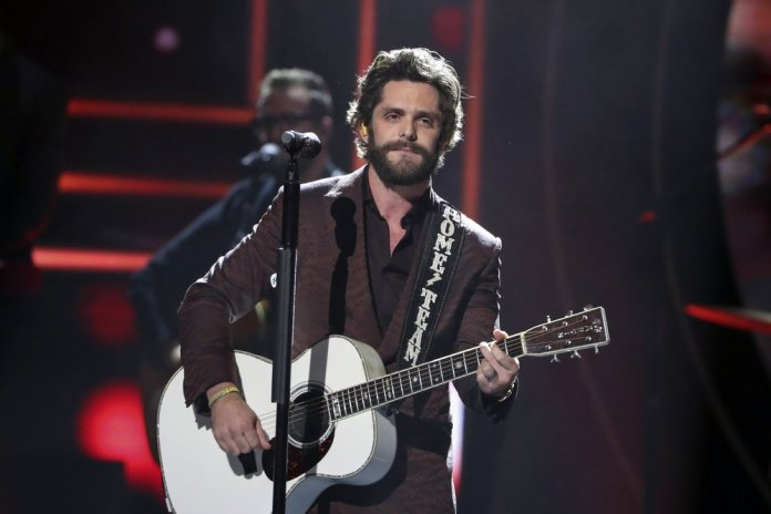 CMT Awards Show Reflected a Tight-knit Community of Artists
