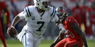 Winston Throws for 456 Yards, 4 TDs as Bucs Rally Over Colts