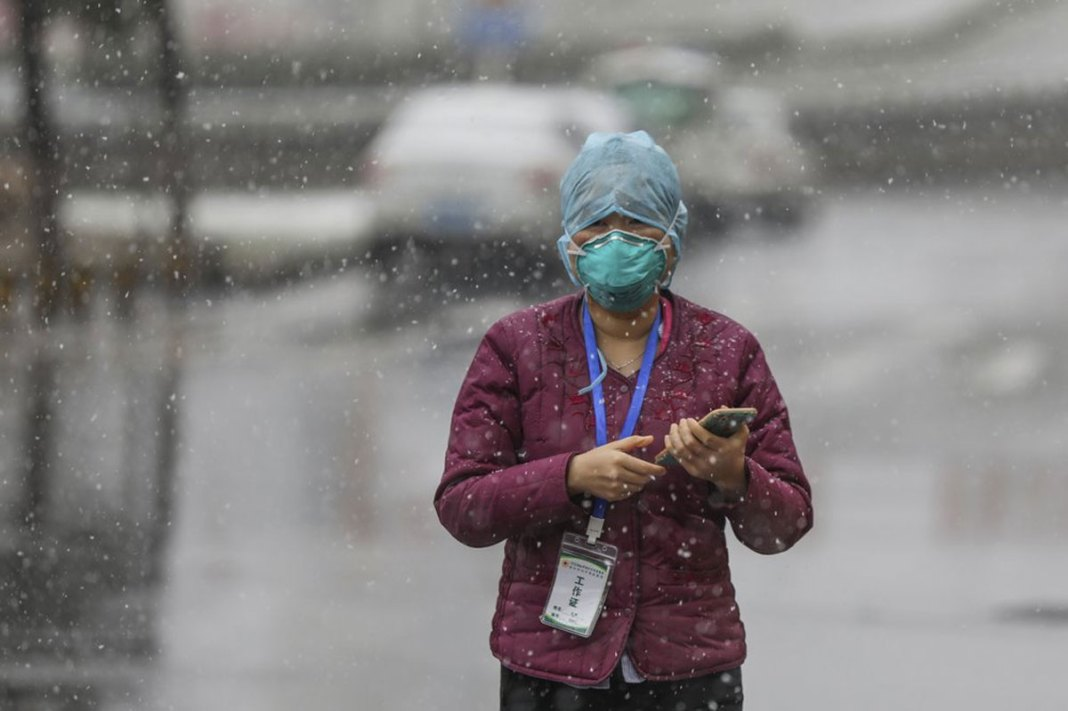 New Virus Cases Fall; Xi Urged Steps as Early as Jan. 7