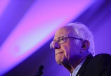 Suit Seeks to Remove Sanders from Florida Democratic Ballot
