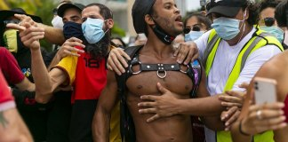 Protesters in Miami seek racial justice, police support