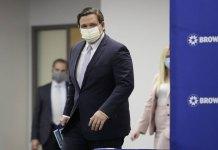 Florida coronavirus hospitalizations down, deaths up