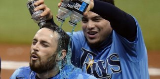 Lowe's sac fly in 10th gives Rays 5-4 win over Marlins