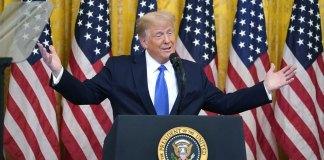 Trump tightens Cuba sanctions as he woos Cuban-American vote