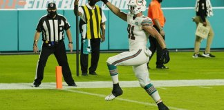 Dolphins earn 5th straight win by beating Chargers 29-21