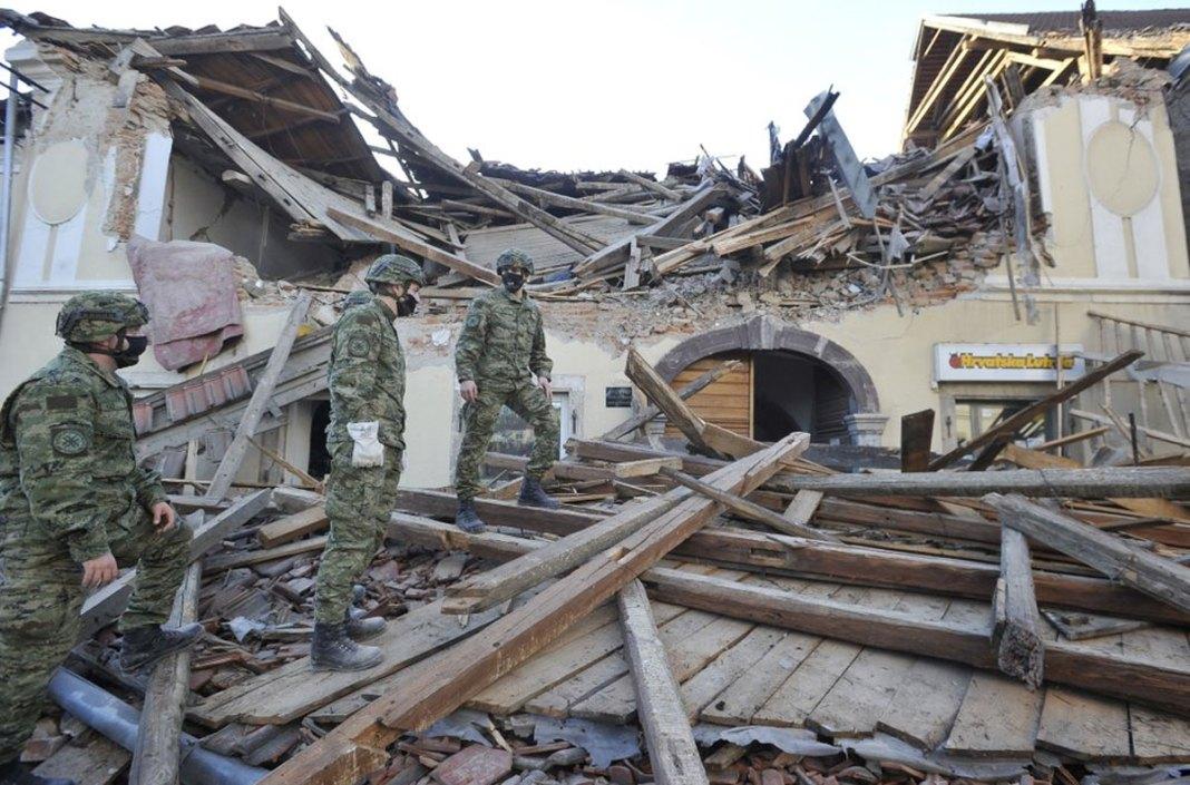 6.3 earthquake kills 7 in Croatia, leaves others missing