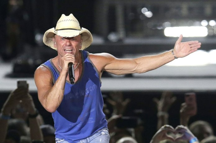 Kenny Chesney group helps install artificial reef in Delray Beach