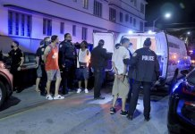 Miami sets earlier curfew after spring break crowds, fights